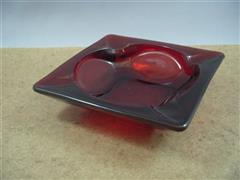 Royal Ruby Ashtray(M)