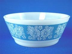 Marguerite Blue Salad Bowl